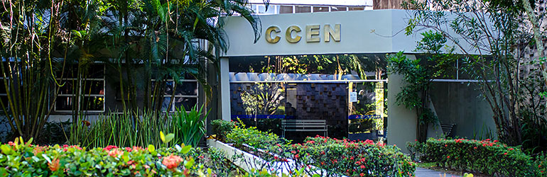 Fachada do prédio do CCEN